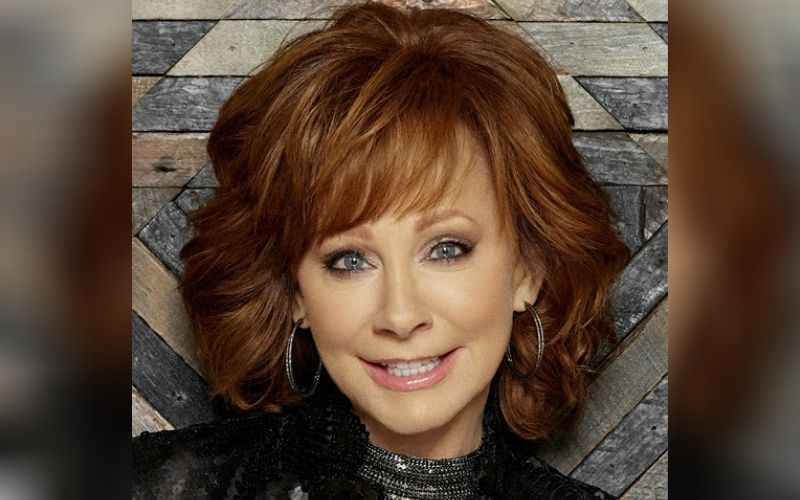 Reba McEntire Singing Theme Song To New Glenn Close/ Mila Kunis Film